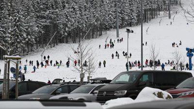 Erholung gesucht: Erneuter Ansturm im Harz – Volle Parkplätze und Staus