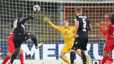 Niederlage bei Bielefeld: Hertha weiter im Abstiegskampf
