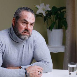 """""""Mister Unbequem"""" Carsten Stahl im Exklusiv-Interview: """"Die Moral einer Gesellschaft zeigt sich in dem, was sie für ihre Kinder tut"""""""