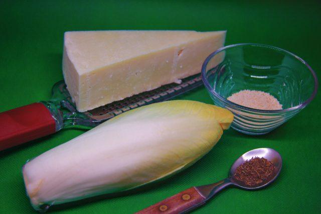 Zutaten für gebratenen Chicorée