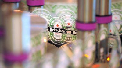 Niederländische Brauerei Heineken streicht 8000 Jobs – Bierverkauf brach durch Lockdown massiv ein