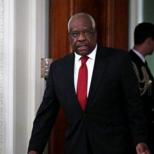 Supreme Court weist Klagen zur Präsidentschaftswahl 2020 ab – Richter Clarence Thomas äußert abweichende Meinung zu Urteil