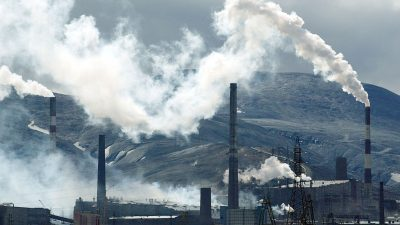 Drei Tote bei Fabrik-Einsturz in Russland