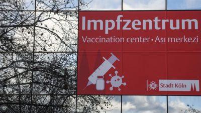 Stundenlohn ab 100 Euro: Ärzte verdienen gut an Einsätzen in Corona-Impfzentren
