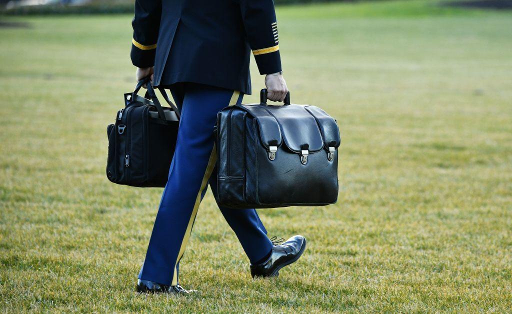 Demokraten wollen Biden die alleinige Autorität zum Einsatz von Atomwaffen entziehen