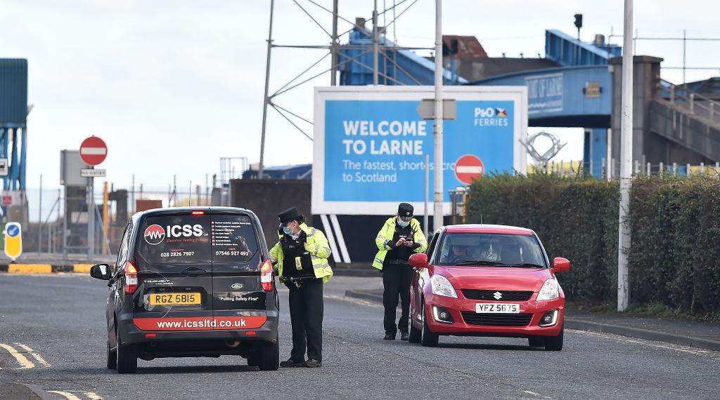 Nordirische DUP will gegen Nordirland-Protokoll aus Brexit-Vertrag klagen