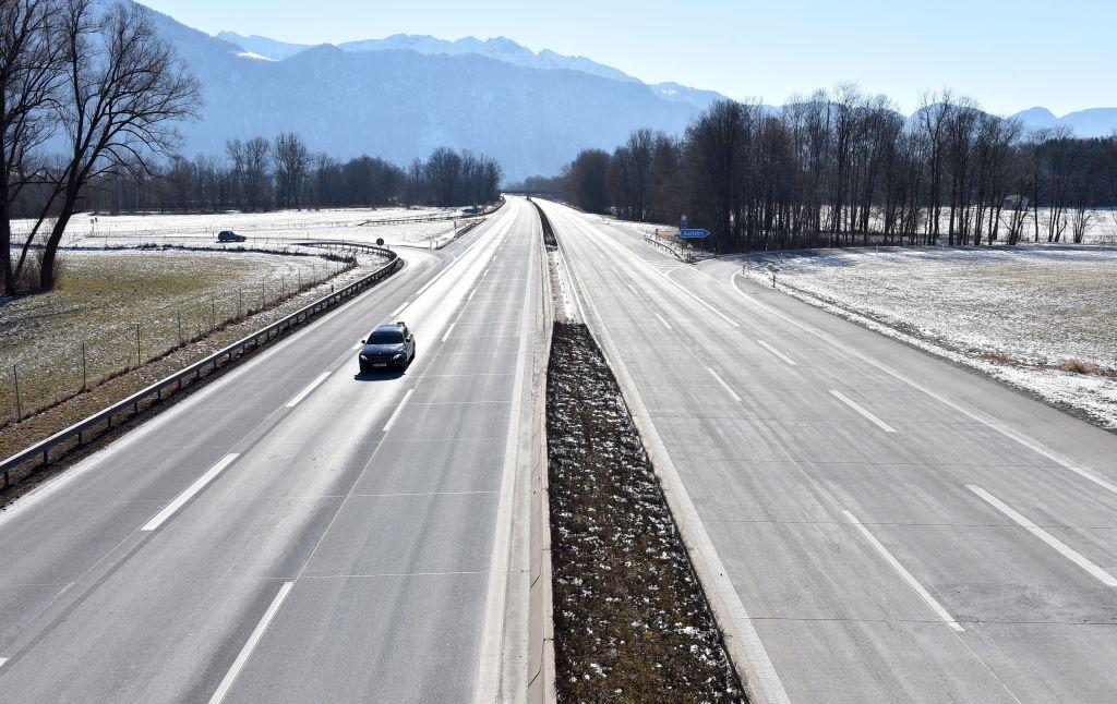 In Bayern binnen zwölf Stunden über 1.700 Menschen an Grenzen kontrolliert