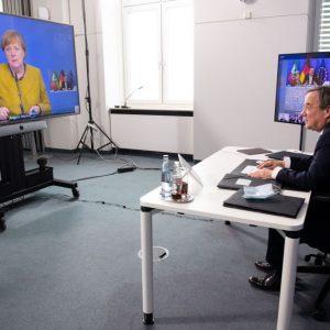 """Rechtsexperte: """"Politik hat jedes Maß verloren"""" – RKI könnte Politik Anstoß zu Corona-Wende geben"""