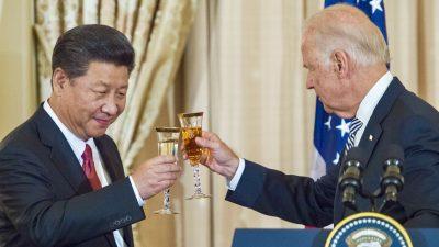 """Erstes Gespräch mit Xi: Biden macht Druck – Experte: """"Schaufensterdekoration für die globale neoliberale Agenda"""""""