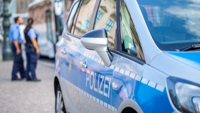 """Polizeirazzia gegen zwei Hamburger Mediziner von """"Ärzte für Aufklärung"""""""