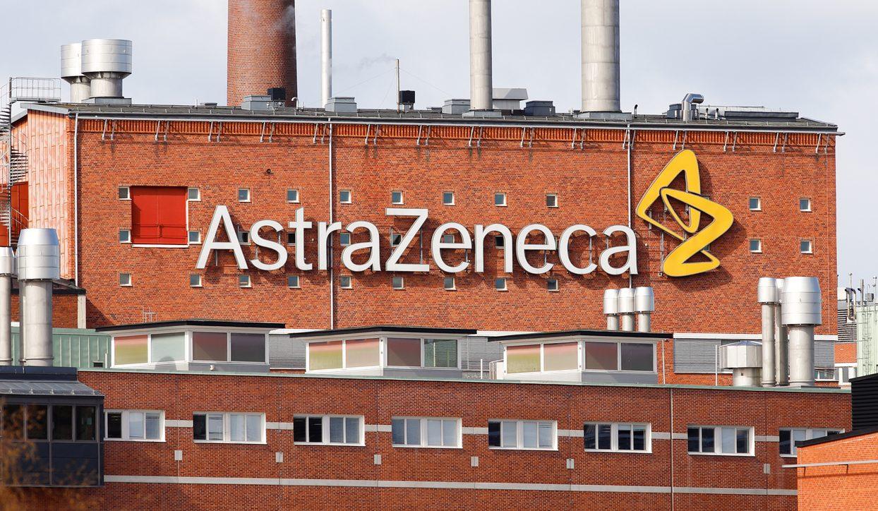 Corona-Impfung von AstraZeneca etwas häufiger von Nebenwirkungen begleitet