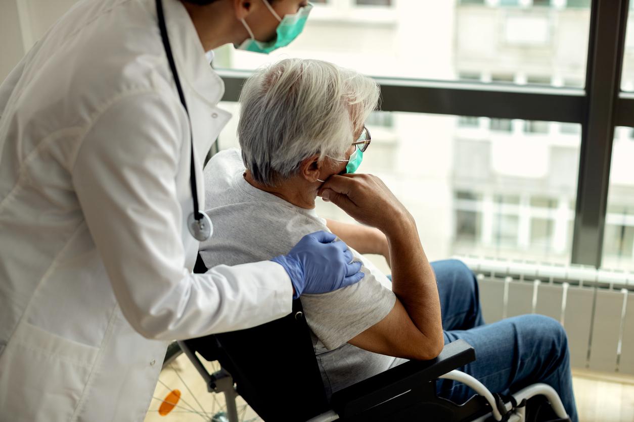 Senioren sterben nach Impfung – Zusammenhang zwischen Infektion und Impfung?