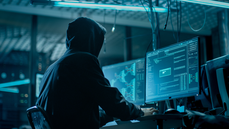 Nordrhein-Westfalen: Drei mutmaßliche Cyberkriminelle festgenommen