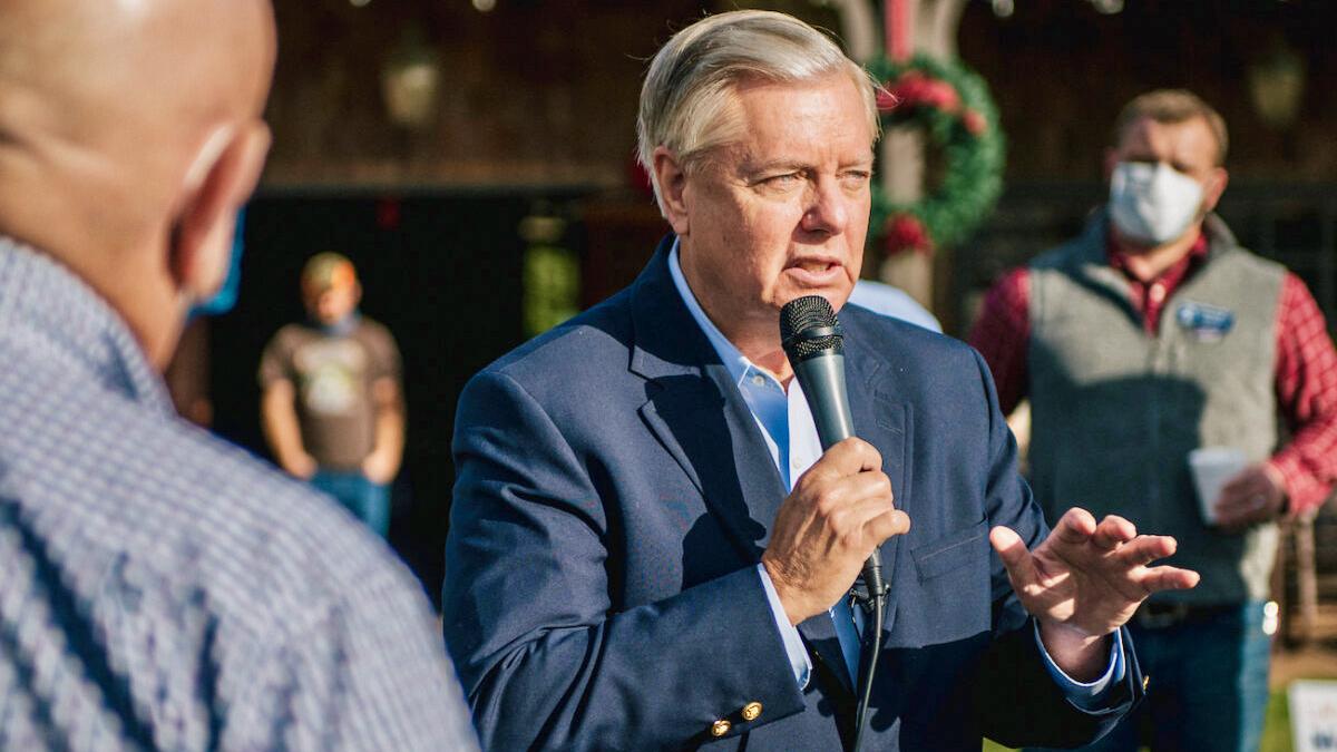 Senator Graham: Wenn Republikaner das Haus wieder übernehmen, könnte Kamala Harris angeklagt werden