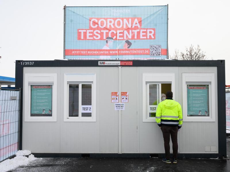 Der nächste Corona-Skandal? Staatlich bezahlte Corona-Tests bringen Testzentren viel Geld ein