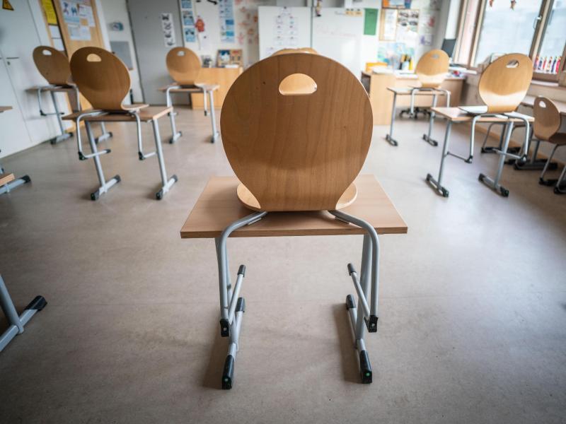 Corona-Kabinett der Bundesregierung berät über Schnelltests – Grundschulen und Kitas öffnen in mehreren Bundesländern