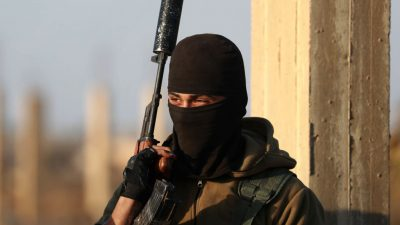 Prozess gegen zwei mutmaßliche syrische Kriegsverbrecher in Düsseldorf hat begonnen