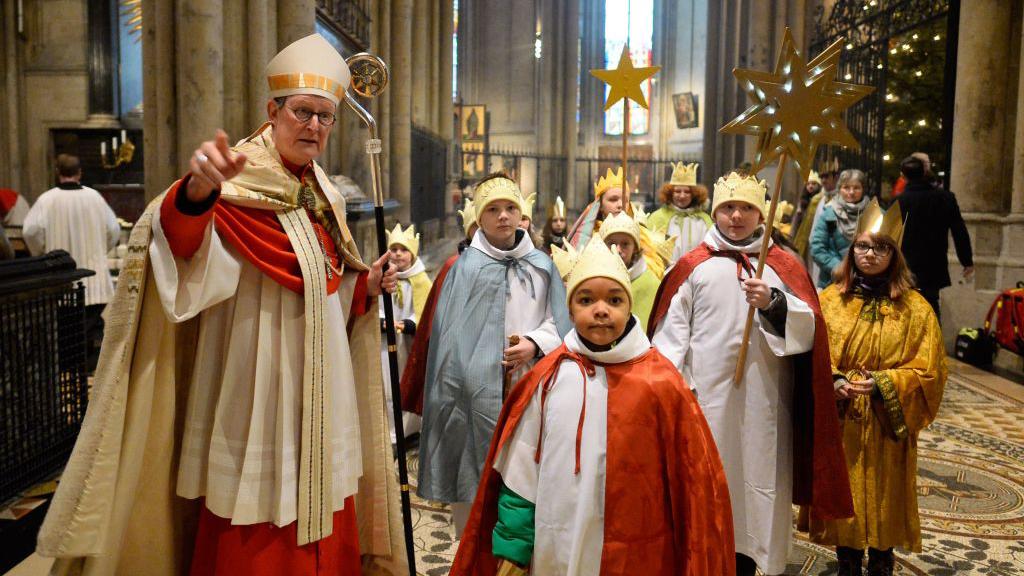 """Thierse verurteilt Missbrauch im Erzbistum Köln als """"Verrat am eigenen Glauben"""""""