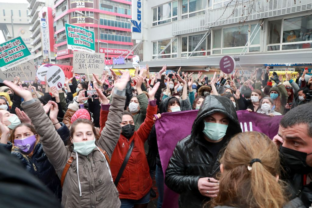 Internationale Kritik an Austritt der Türkei aus Abkommen gegen Gewalt an Frauen