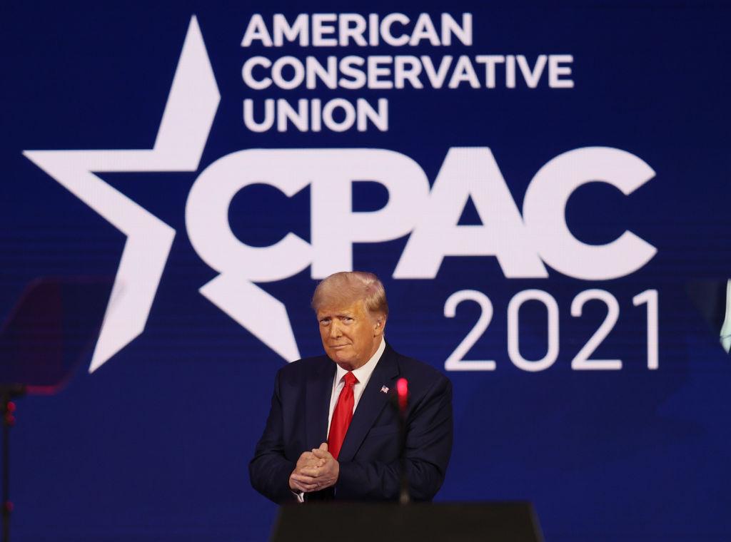 Trump deutet Kandidatur für 2024 an und warnt vor Bidens Sozialismus