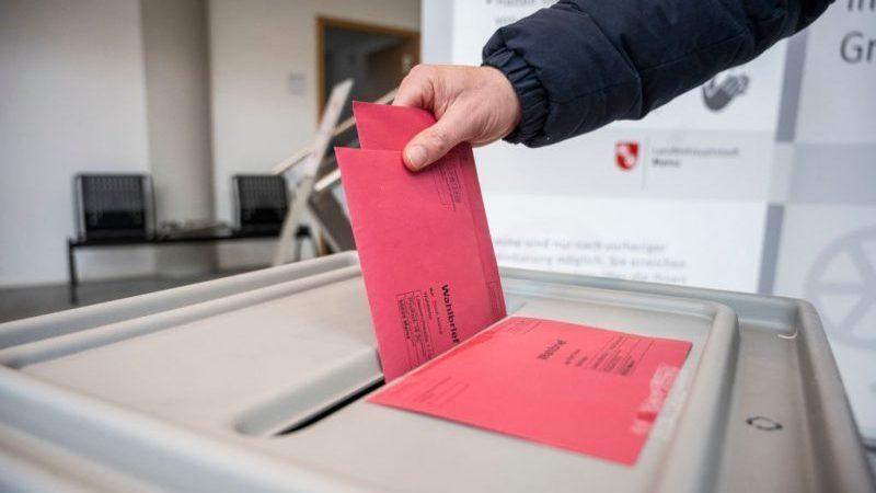 """AfD hofft in Landtagswahlkampf auf """"politische Sensation"""" – Ziemiak wirbt um Stimmen von FDP-Wählern"""