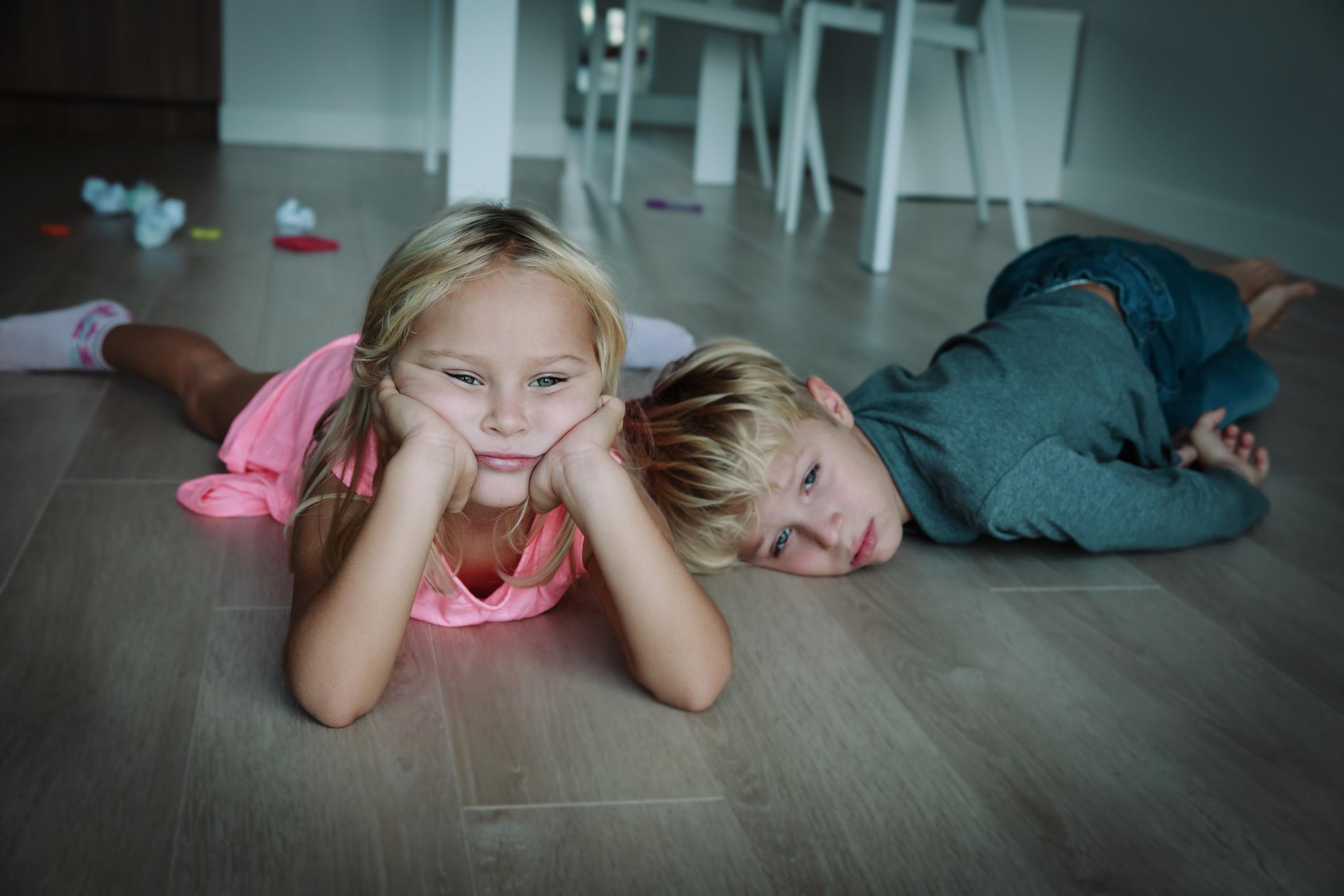 Schulpsychologen bestätigen Copsy-Studie – Vier von fünf Kindern durch Corona-Lockdown stark belastet