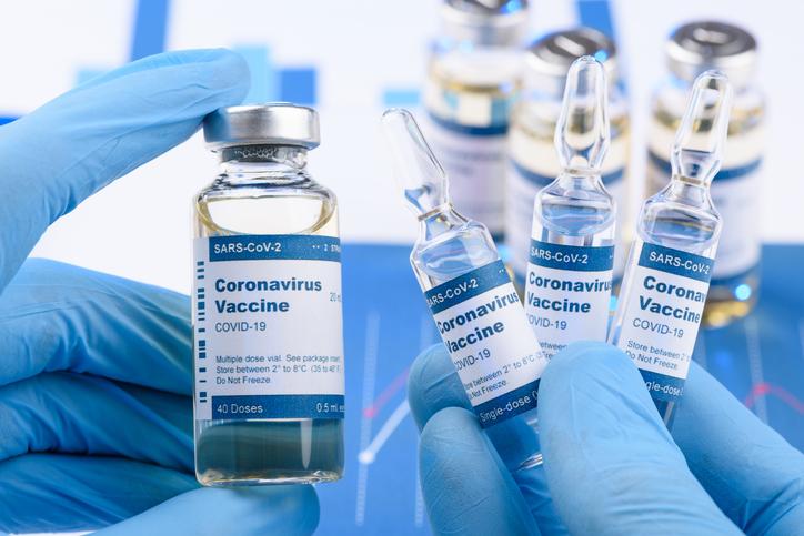 Dramatischer Appell an die WHO: Top-Virologe warnt vor Massensterben durch Corona-Impfungen