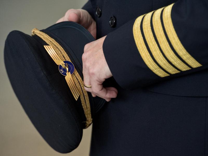 Versicherer warnt vor neuen Luftfahrtrisiken: Untrainierte Piloten und Wutausbrüche an Bord