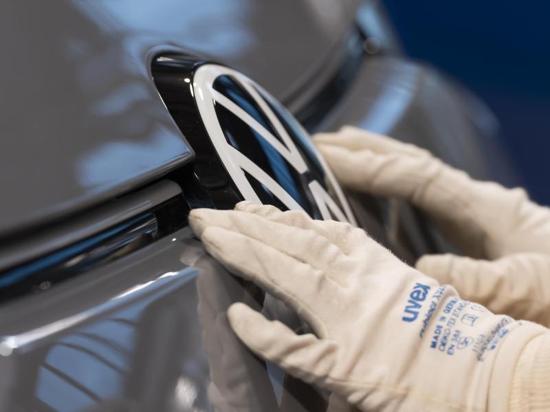 Volkswagen beschließt neuen Stellenabbau trotz guter Aussichten für 2021