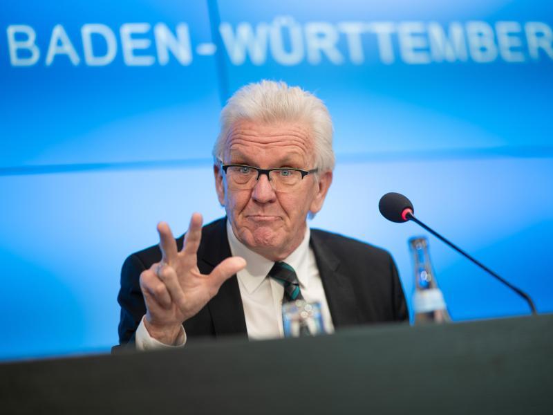 CDU und Grüne: Koalitionsvertrag angenommen – Lkw-Maut, Solaranlagenpflicht und Wahlalterabsenkung kommen