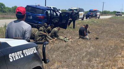 """""""Wilder Westen auf Steroiden"""": Vier Landkreise in Texas rufen wegen Grenzkrise Katastrophenfall aus"""