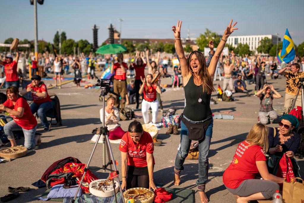 Stuttgart: Prozess um linksextreme Schläger vertagt – Lebensgefährlicher Angriff auf Corona-Demonstranten
