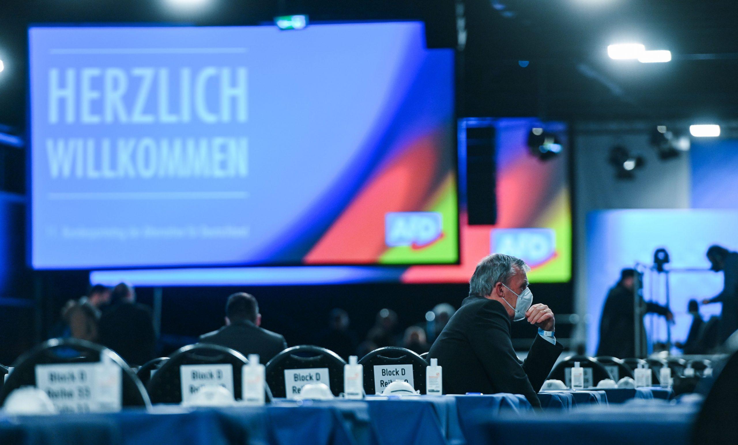 AfD-Bundesparteitag: Forderung nach Ende des Corona-Lockdowns und EU-Austritt Deutschlands