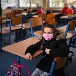 Sensationsurteil aus Weimar: keine Masken, kein Abstand, keine Tests mehr für Schüler