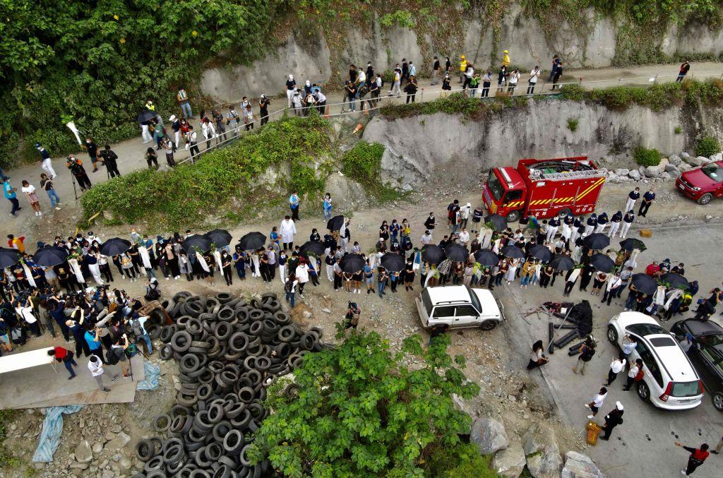 Taiwan: Mutmaßlicher Verursacher von Zugunglück entschuldigt sich unter Tränen