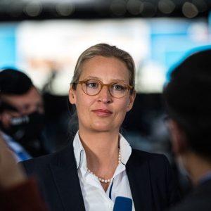 """AfD lehnt bundesweite """"Notbremse"""" ab – Weidel: """"Halten Inzidenzwert für manipulierbar"""""""