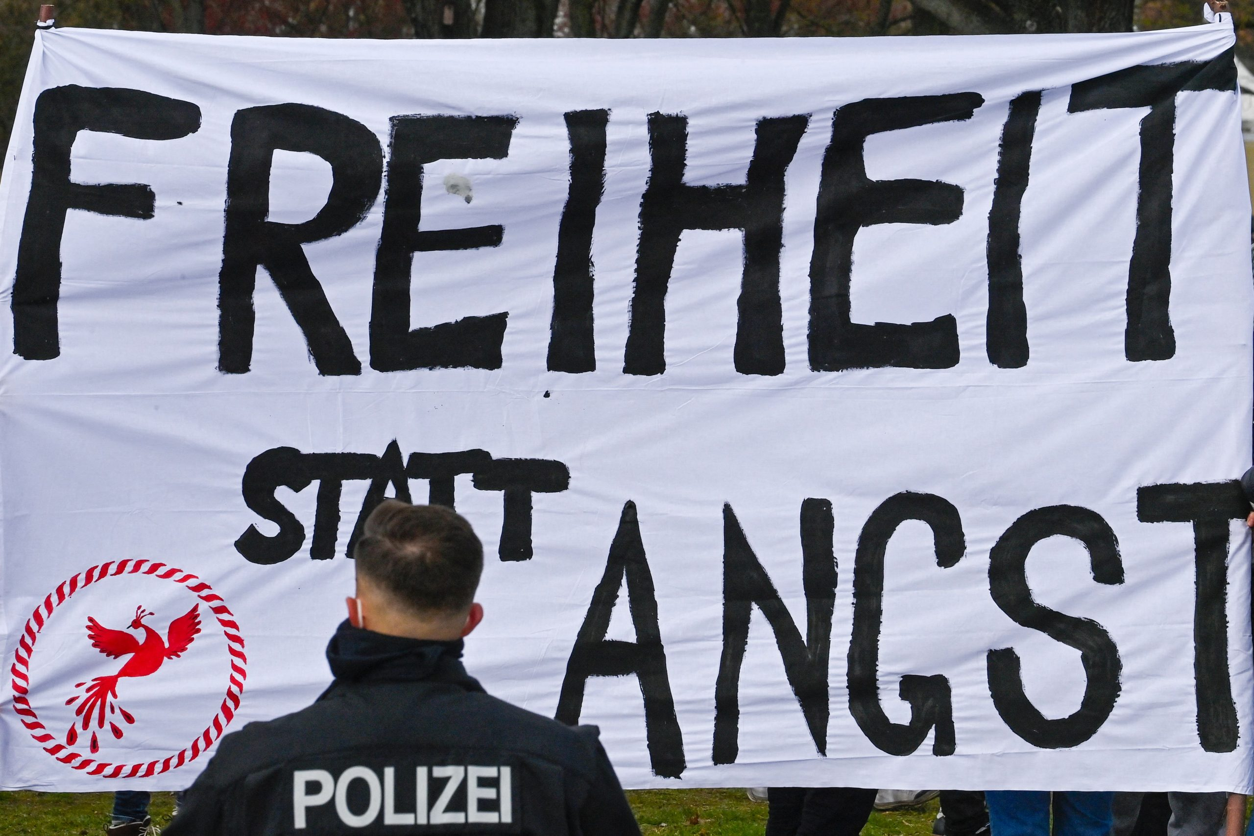 Trotz politischem Druck: Stuttgarter Polizeiführer entschied sich gegen Gewalt gegen friedliche Demonstranten