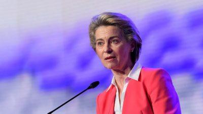 """Von der Leyen fordert nach """"Sofagate""""-Affäre mehr Einsatz der EU für Frauenrechte"""