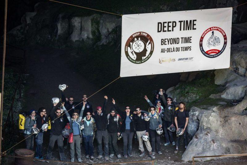 Experiment: Nach 40 Tagen verlassen Teilnehmer eine Höhle