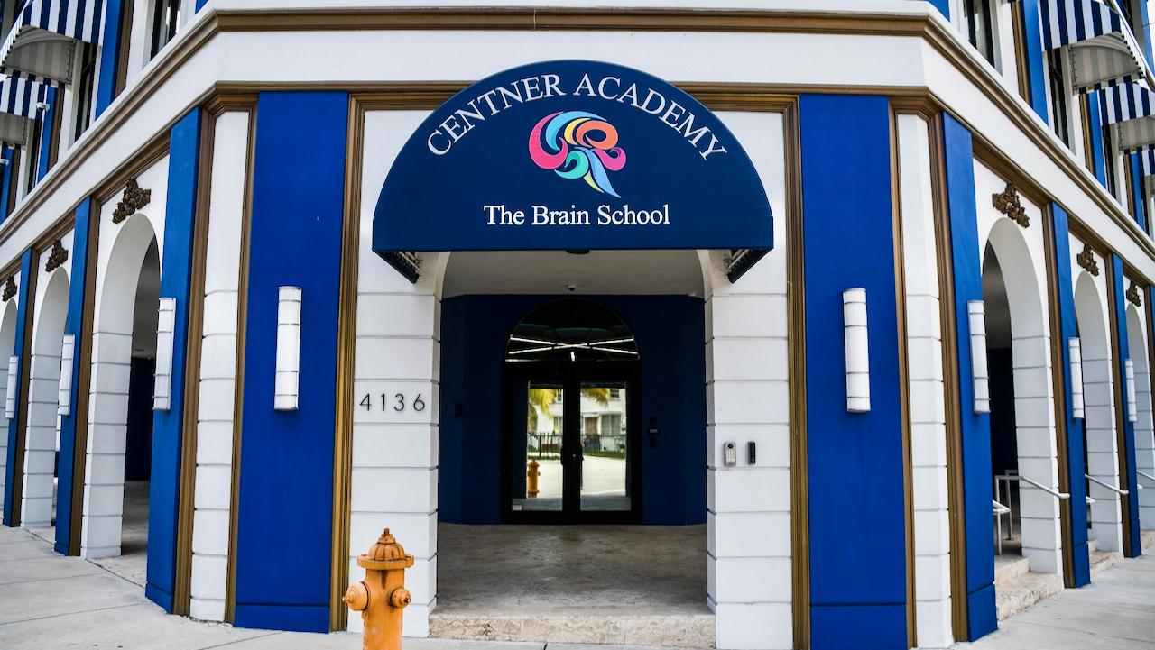 USA: Privatschule untersagt geimpften Lehrern den Kontakt zu Schülern
