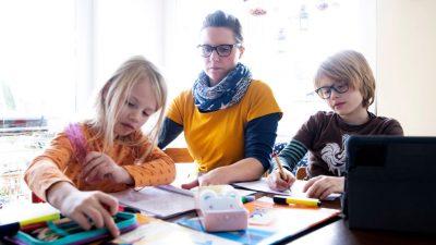 """""""Unglaublicher Druck"""": Müttergenesungswerk beklagt Belastung für Mütter durch Pandemie"""