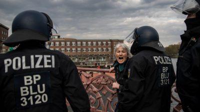 Proteste in mehreren Städten gegen nächtliche Ausgangsbeschränkungen