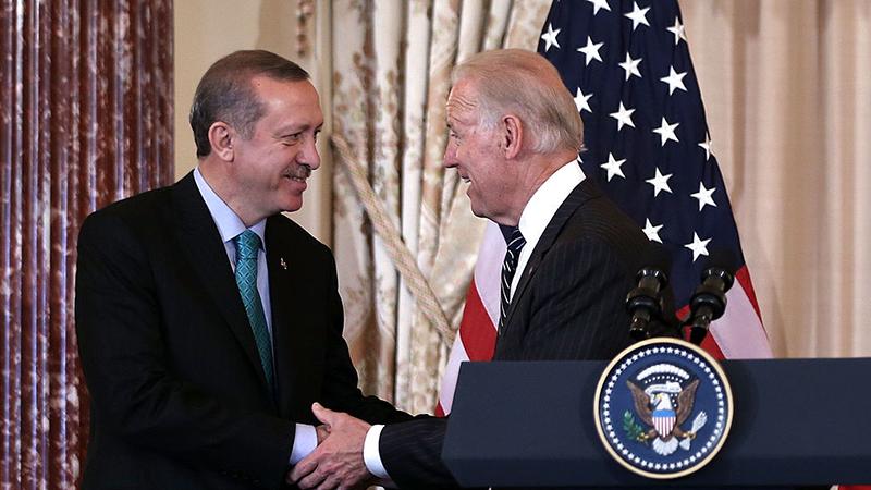 """Biden setzt in Telefonat mit Erdogan auf """"konstruktive"""" Partnerschaft mit Ankara"""