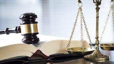 """Gericht weist Klage gegen Bayer wegen Entlaubungsmittel """"Agent Orange"""" ab"""