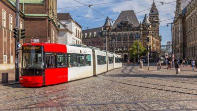 Jugendliche fahren mit gestohlener Straßenbahn durch Bremen
