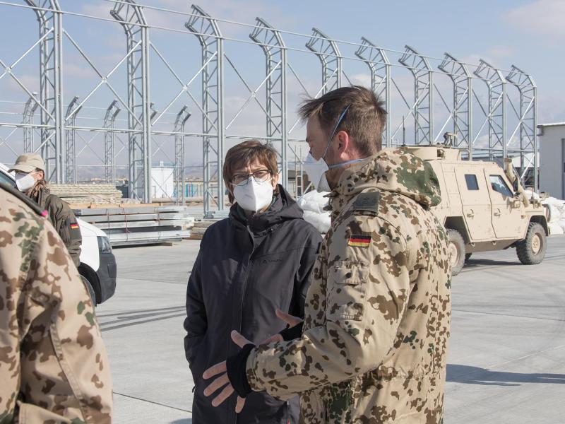 Kramp-Karrenbauer sieht Ziele des Afghanistan-Einsatzes erreicht – Maas sagt weiteren Einsatz zur Stabilisierung zu