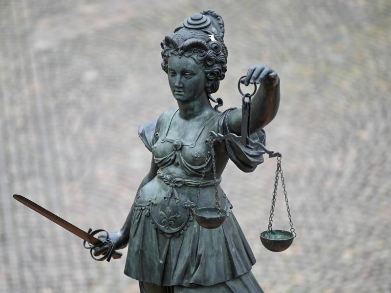 """Strafbefehle und Anklage nach Antisemitismus in Burschenschaft """"Normannia"""""""