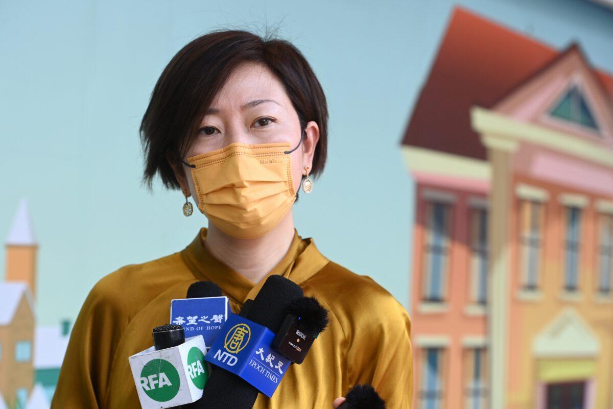 Hongkong: Überfall auf Epoch Times-Reporterin – mit Baseballschläger krankenhausreif geprügelt