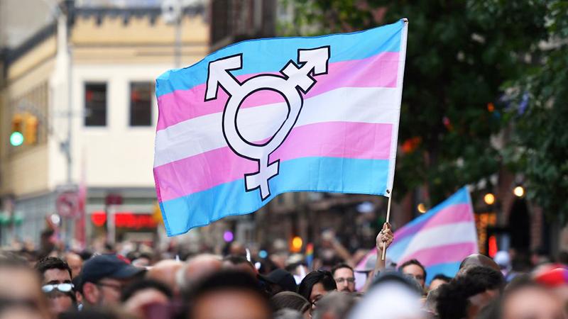 Transgender: Schwedische Klinik stellt Verwendung von Pubertätsblockern für unter 16-Jährige ein
