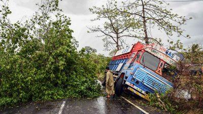 """1,5 Millionen Menschen vor Zyklon """"Yaas"""" in Indien in Sicherheit gebracht"""